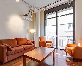 Piso de 150 m2 en venta ideal para inversores en Arc del Teatre, Raval, Barcelona
