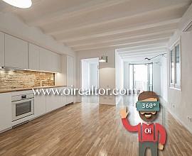Apartamento en venta con reforma exquisita en el Gótico, ideal para inversores