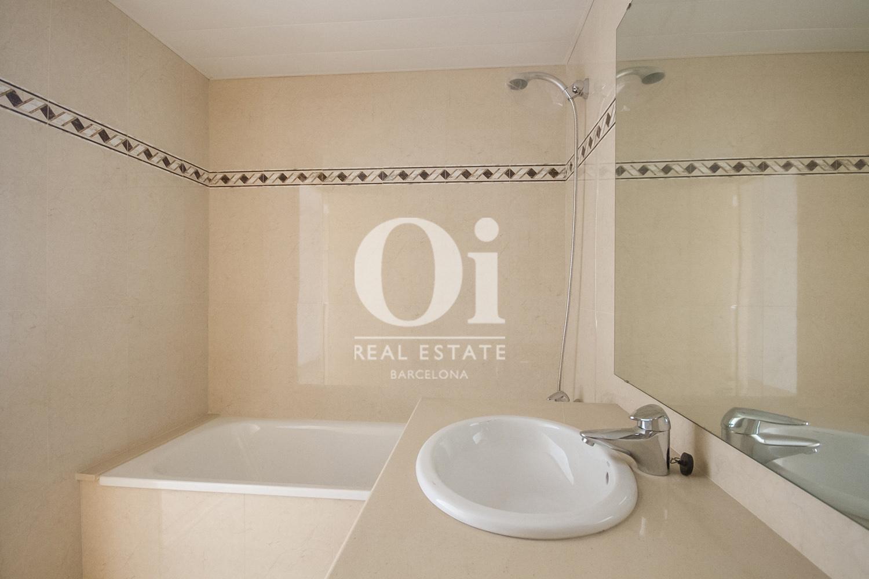 Badezimmer in Luxus-Appartement zum Kauf in Diagonal Mar in Barcelona