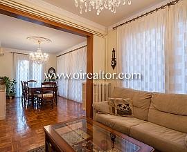 Amplio piso en venta con orientación a tres vientos en la Bonanova, Barcelona