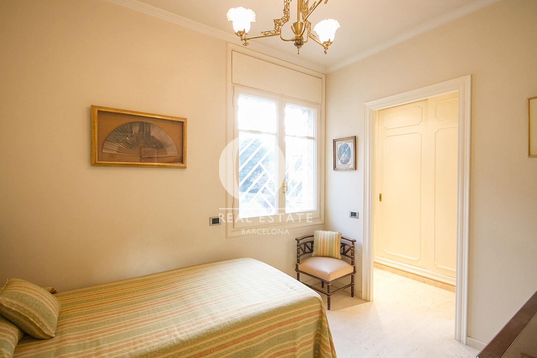 Chambre simple dans une maison en vente à La Bonanova