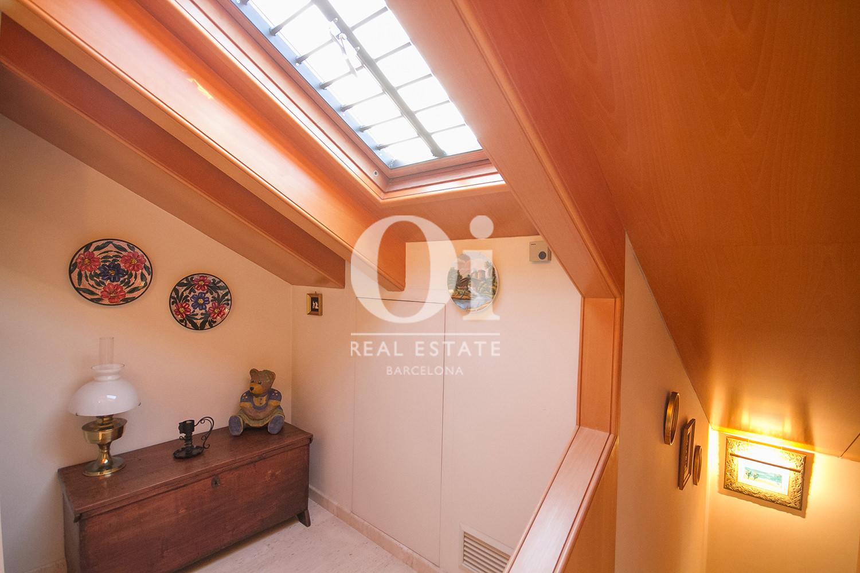 vista de buhardilla en casa en venta en la zona alta de Barcelona