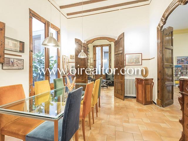 Hervorragendes mittelalterliches Herrenhaus zum Verkauf in Born, Barcelona