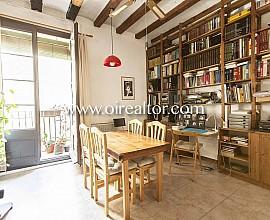 Bonito y acogedor piso en venta en el Borne, Barcelona