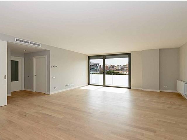 Exklusive neue Wohnung neben L'Illa Diagonal
