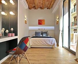 Excelente piso reformado en Poble Sec