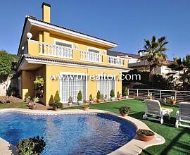 Bonita casa en venta en el centro de Calella