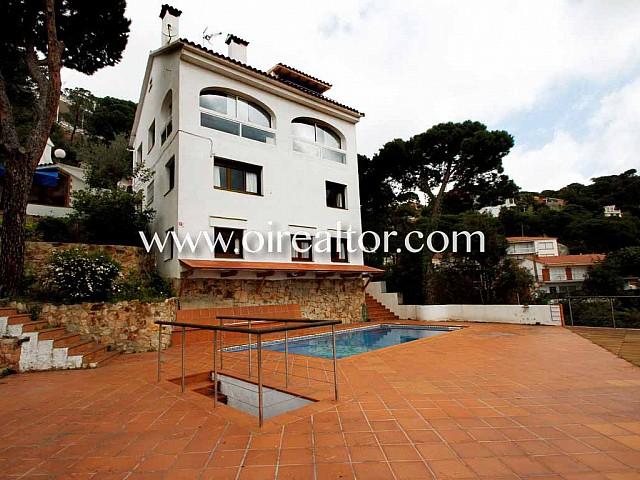 Außergewöhnliche Haus zum Verkauf in Urb. Roca Grossa in Lloret de Mar an der Costa Brava