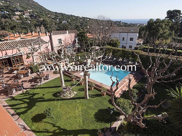 EXCELENTE OPORTUNIDAD DE NEGOCIO - Espectacular masía hotel de 4* en Cabrils, Maresme