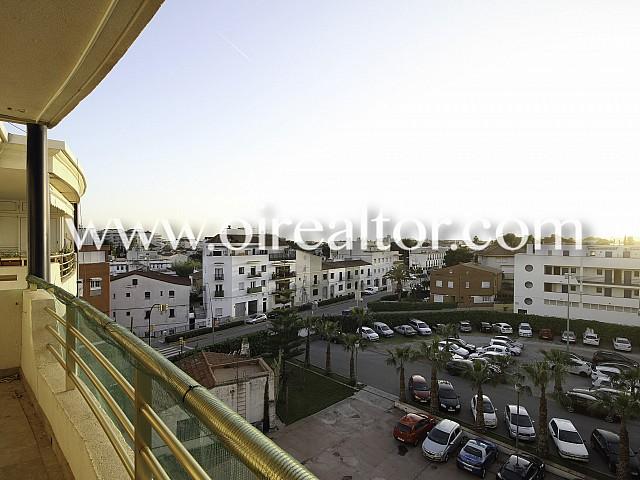Geräumiger duplex im Zentrum von Sitges