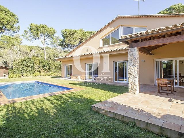 Casa unifamiliar amb gran parcel•la i piscina a Begur, Costa Brava