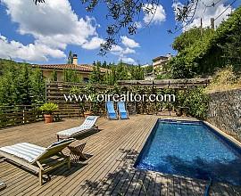 Espectacular villa en venta estilo Balines en Alella Parc, Maresme