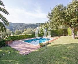 Encantadora casa en venta con bonitas vistas en Calonge, Costa Brava