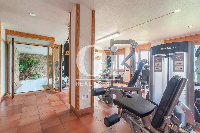Wohnbereich in Luxus-Immobilie zum Kauf in Pedralbes in Barcelona