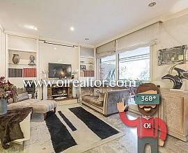 Продается уникальная квартира в элитном здании в престижном районе Туро Парк