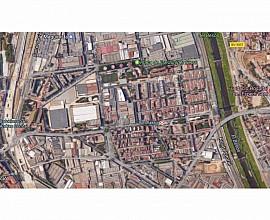 Edificio industrial-comercial en venta en Sant Andreu, Barcelona