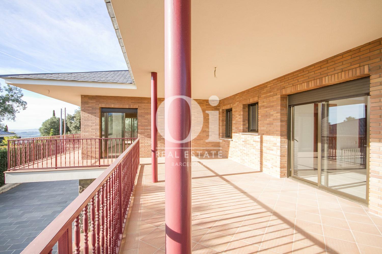 Terraza de casa en venta en L'Atmetlla del Vallès