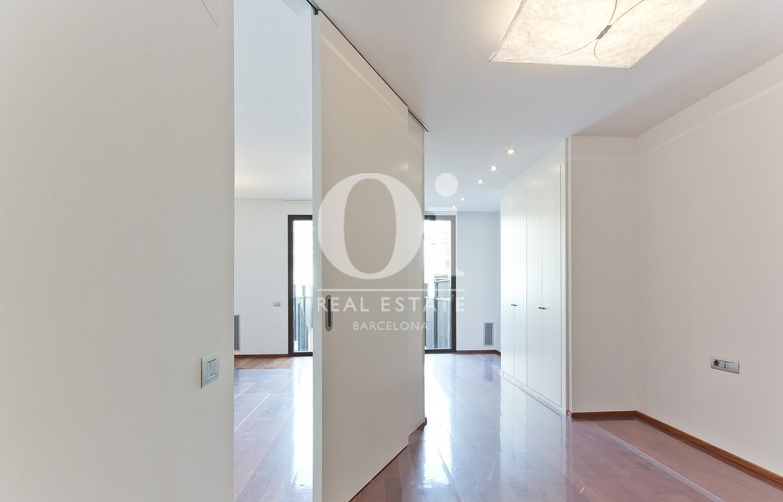 Couloir  dans un appartement en vente dans l'Eixample de Barcelone