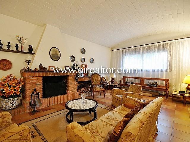 Villa for sell Premià de Dalt, Oi Realtor8