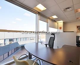 Oficina en alquiler ubicada en uno de los parques de negocios más emblemáticos de Sant Cugat del Vallés.