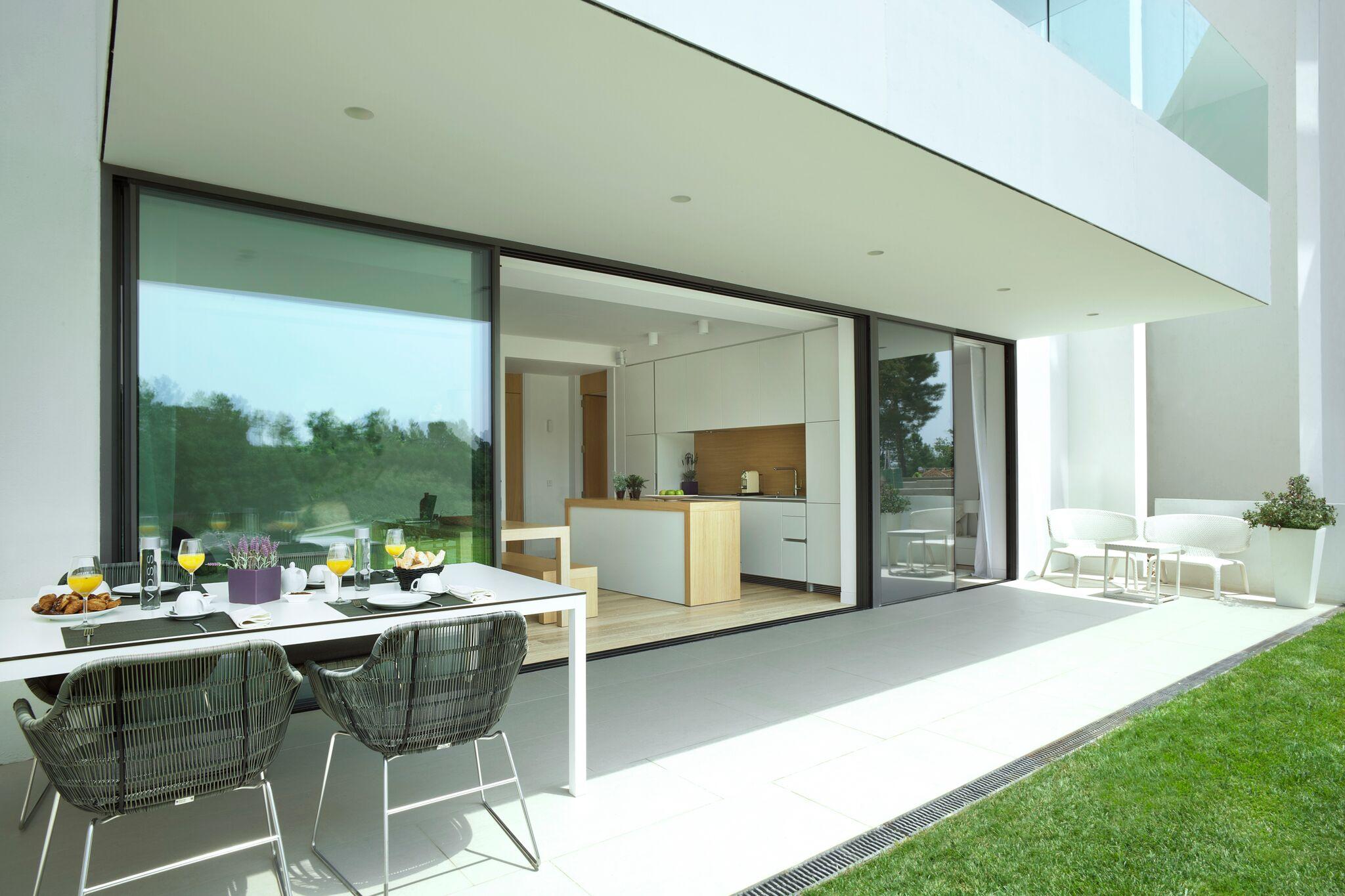 Высококачественная квартира на продажу в PGA Catalunya Resort Golf