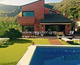 Exclusiva propiedad en venta en lujosa Urbanización Bellamar en Castelldefels