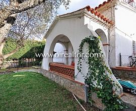 Casa de 90 m2 en parcela de 500 m2 con muchas posibilidades en Valldoreix