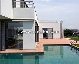Moderna casa en venta en nueva promoción en Arenys de Mar