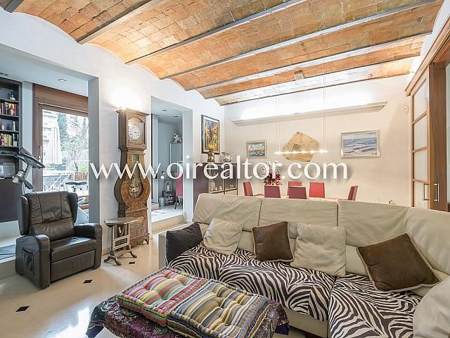 A vendre superbe appartement avec terrasse dans l'Eixample