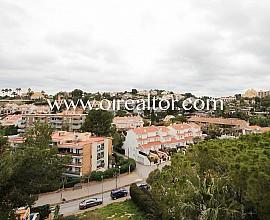Piso en venta para entrar a vivir en Vallpineda (Sitges), Garraf