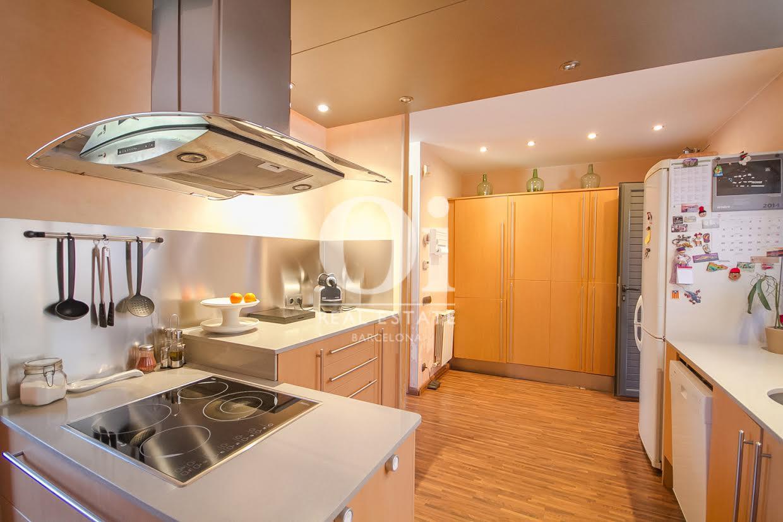 Küche des Luxus-Reihenhaus zum Kauf in Sant Vicençs de Montalt