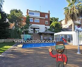 Maravillosa casa en venta en la exclusiva urbanización Bellamar en Castelldefels, entre Baix Llobregat y Garraf