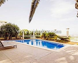 Elegante mansión en venta en Pedralbes
