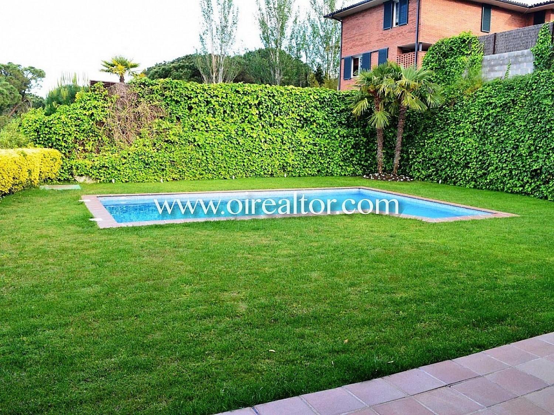 Продается дом в Сант Андреу де Льавенерес