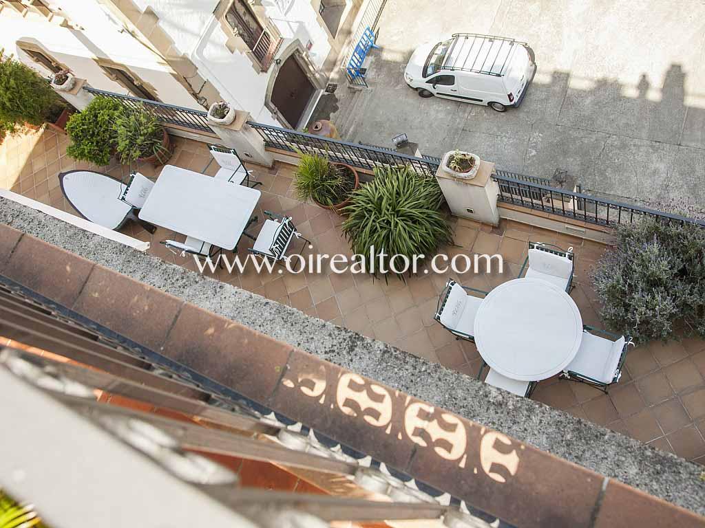 пентхаус на продажу с 200 м2 террасой в центре Ареньс-де-Мар