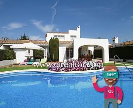Продается дом в средиземноморском стиле в Лос Винедос, Сан Пере де Рибас