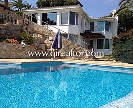 House in a prestigious residential area in Lloret de Mar, Costa Brava