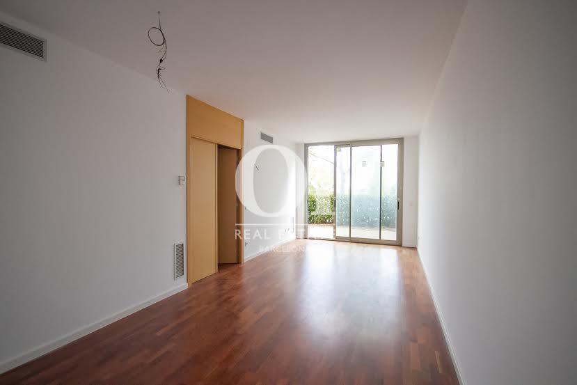 Wohnbereich in exzellenter Luxus-Immobilie zum Kauf im Passeig Fabra i Puig in Barcelona