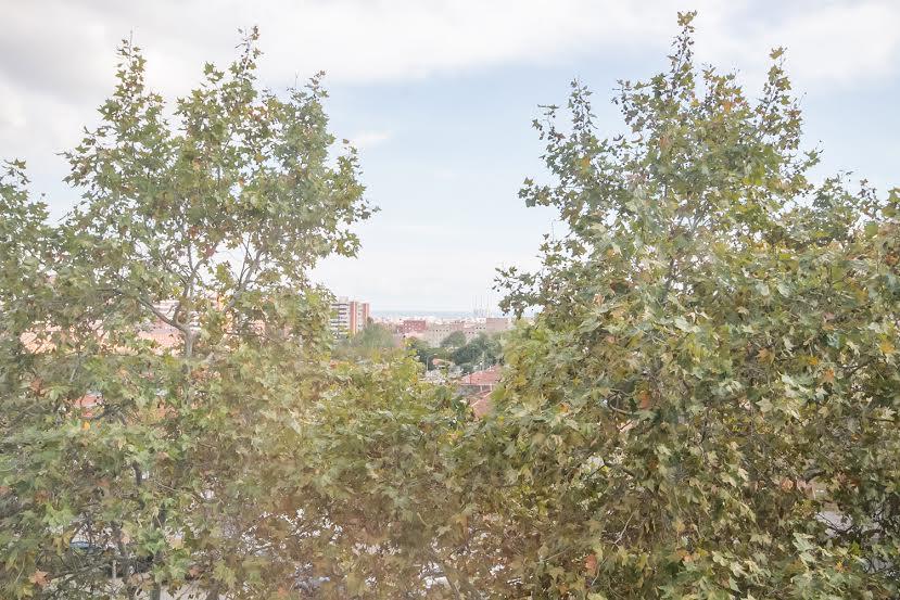 Aussicht in wunderschöner Luxus-Wohnung zum Kauf in Nou Barris in Barcelona
