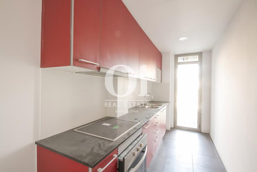 Küche in wunderschöner Luxus-Wohnung zum Kauf in Nou Barris in Barcelona
