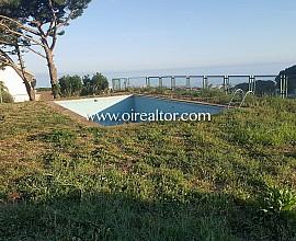 Flat plot with excellent sea views in Premia de Dalt