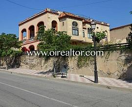 Palacete en venta en el centro de Teià, Maresme
