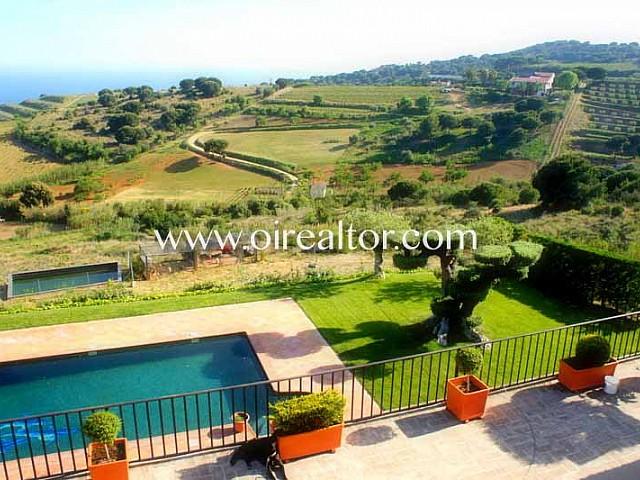Preciosa masía con gran parcela rústica y magníficas vistas en Alella, Maresme