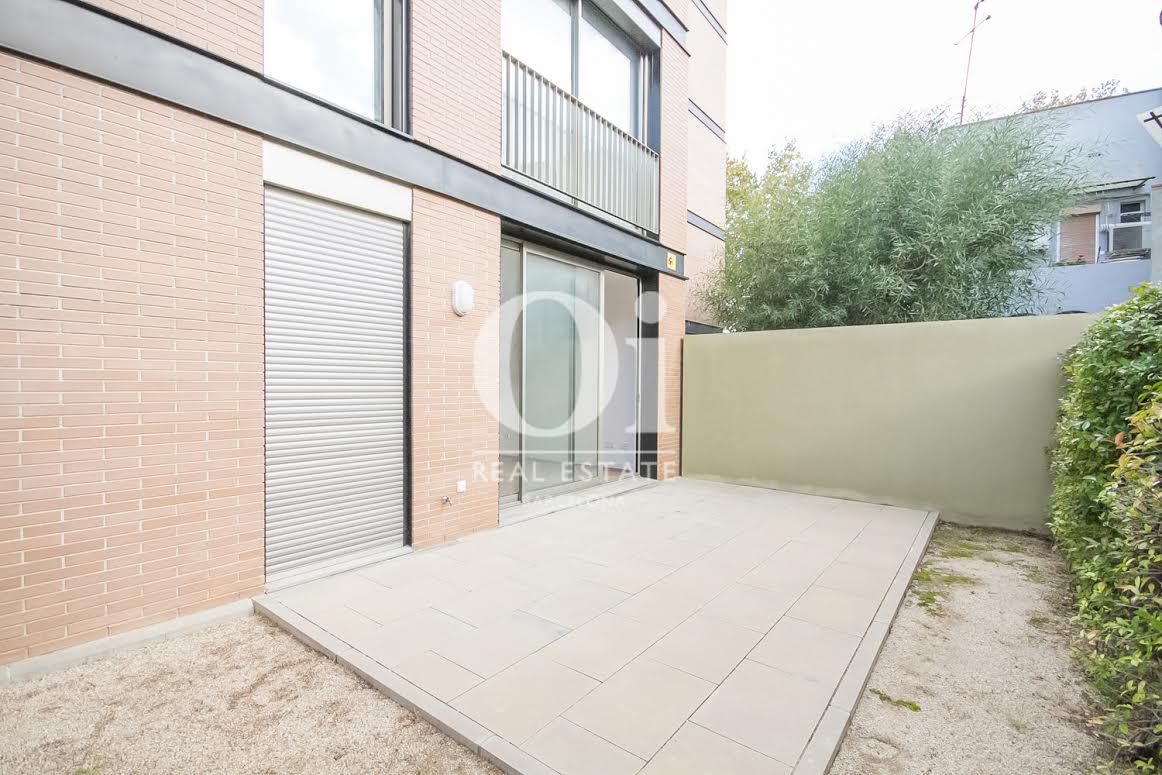Terrasse in exzellenter Luxus-Immobilie zum Kauf im Passeig Fabra i Puig in Barcelona
