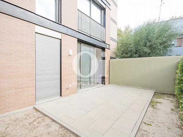 Vista de patio en piso en venta en Fabra i Puig, Barcelona