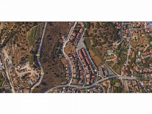 Lot de deux terrains en vente à Tiana, Maresme