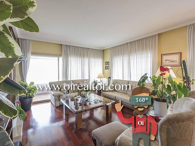 Elegant pis en venda amb 3 places de pàrquing a Pedralbes