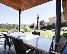 Casa de diseño en venta en el Golf de Vallromanes, Maresme