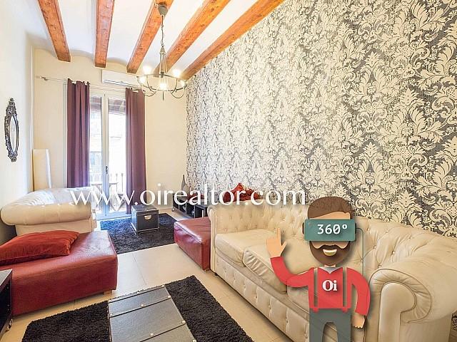 Apartamento de diseño en venta en finca regia en el Raval, Barcelona