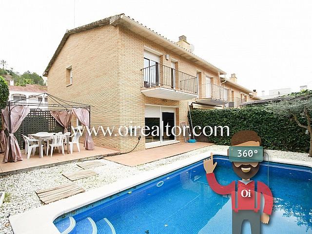 Beautiful semi-detached villa in the heart of Quintmar, Sitges